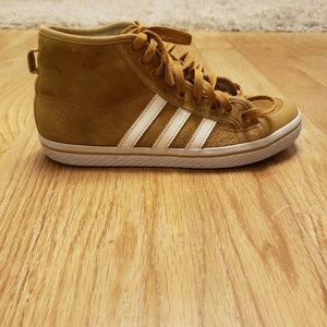 adidas Shoes - Adidas warm sneakers